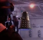 Сезон 1. Эпизод 6. Далек (Dalek)